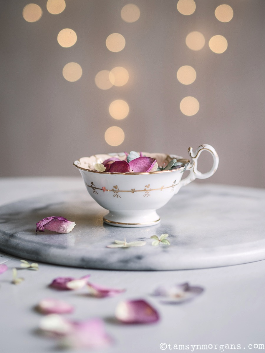 Teacup and bokeh