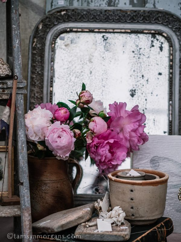Flowers and vintage mirror at the Country Brocante